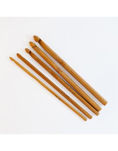 Ganchillo de bambú